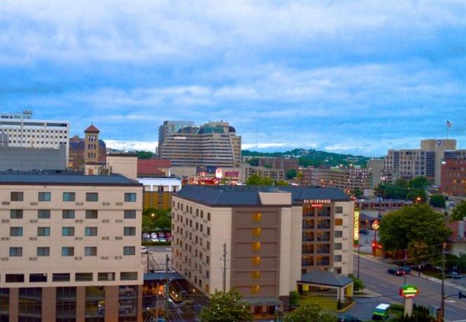 Photo 1 - Courtyard Nashville Vanderbilt West End