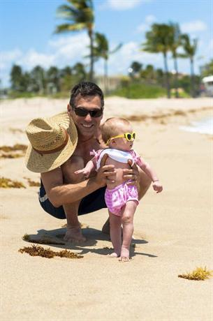 Photo 2 - Bahia Mar Fort Lauderdale Beach - a Doubletree by Hilton Hotel
