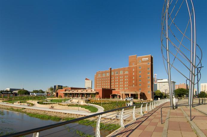 Photo 2 - Drury Plaza Hotel Broadview - Wichita