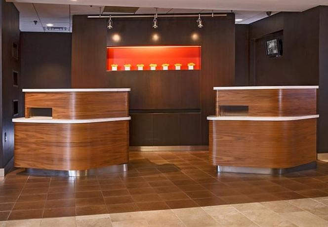 Photo 2 - Courtyard by Marriott Baltimore Hunt Valley