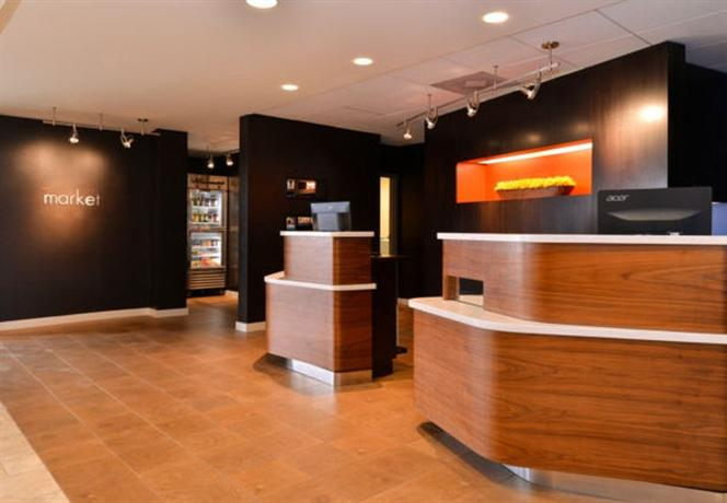 Photo 1 - Courtyard by Marriott Dallas LBJ at Josey