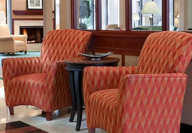 Photo 3 - Courtyard Hotel Northlake Tucker