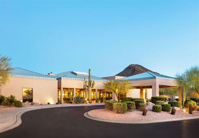 Photo 2 - Courtyard by Marriott Scottsdale Mayo Clinic