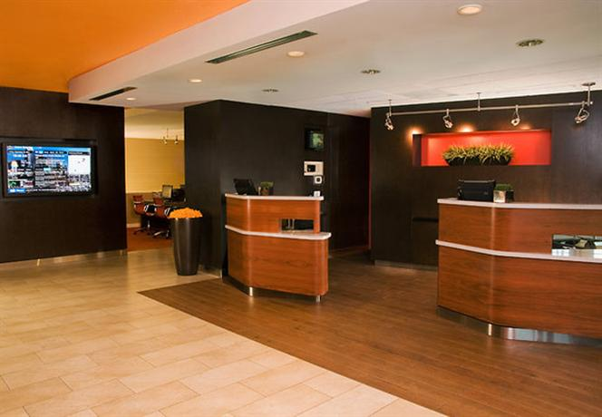 Photo 2 - Courtyard by Marriott Seattle Southcenter