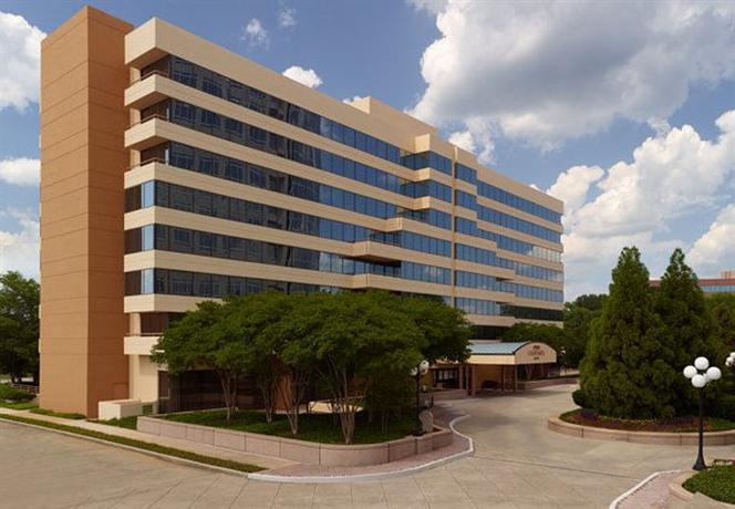 Photo 1 - Courtyard Atlanta Cumberland Center