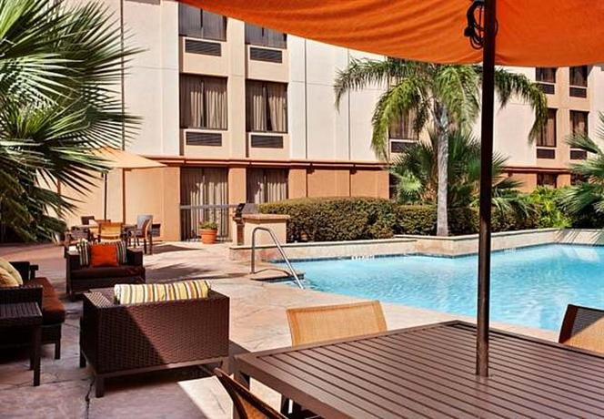 Photo 3 - Courtyard by Marriott Houston Brookhollow