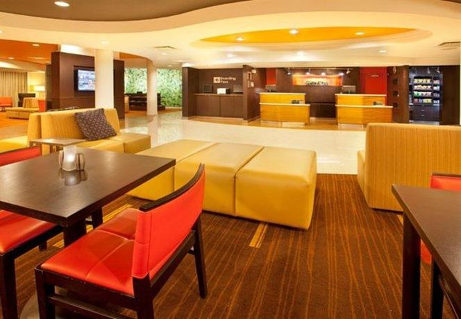 Photo 3 - Courtyard by Marriott El Paso Airport