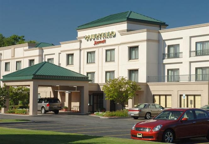 Photo 1 - Courtyard by Marriott Albany Airport