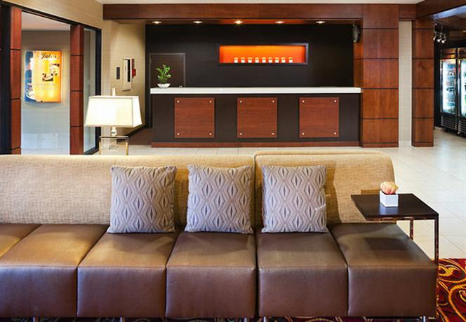 Photo 2 - Courtyard by Marriott - Minneapolis Bloomington