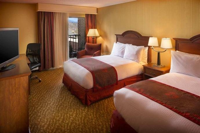 Photo 2 - Doubletree Hotel Biltmore Asheville