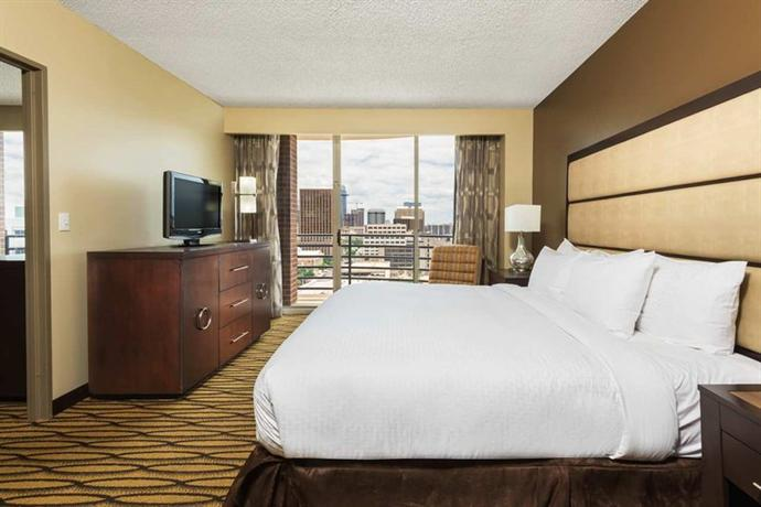 Photo 2 - DoubleTree Suites by Hilton Austin