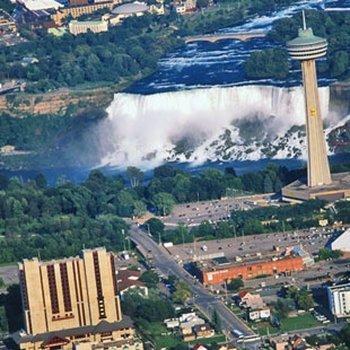 Photo 1 - DoubleTree Fallsview Resort & Spa by Hilton - Niagara Falls