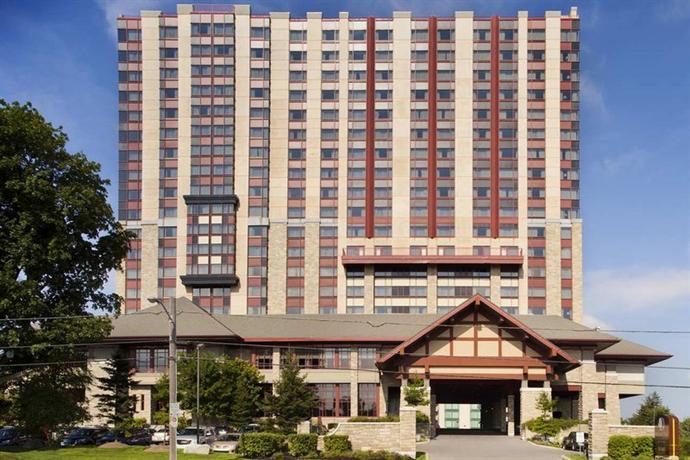Photo 3 - DoubleTree Fallsview Resort & Spa by Hilton - Niagara Falls