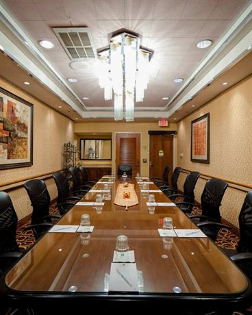 Photo 2 - Embassy Suites Hotel San Antonio International Airport