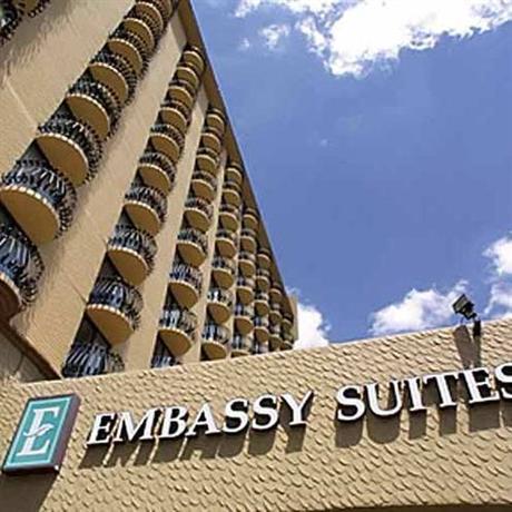 Photo 1 - Embassy Suites Hotel Kansas City - Plaza