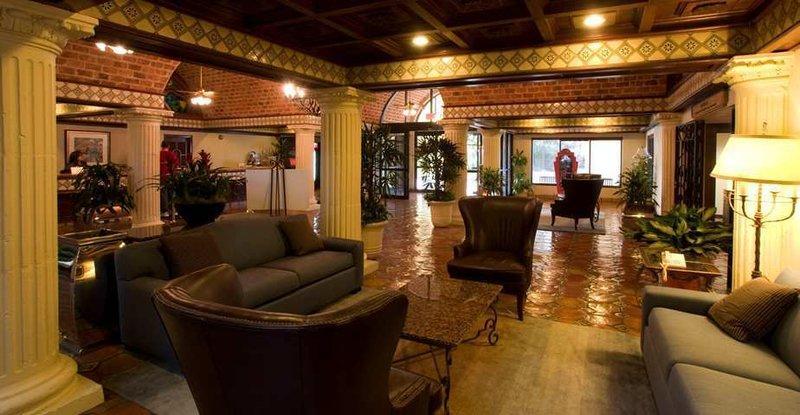 Photo 2 - Embassy Suites Hotel San Antonio Northwest / I-10