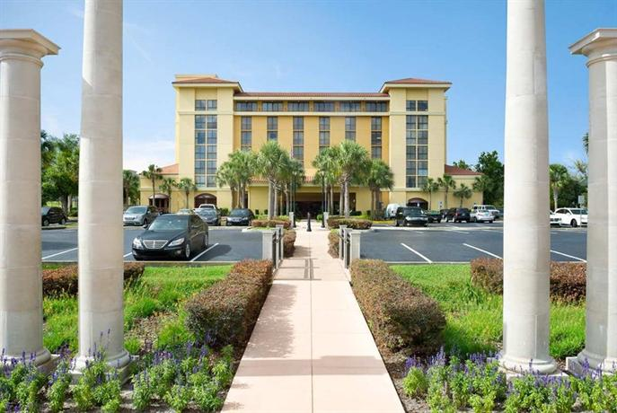 Photo 2 - Embassy Suites Hotel Orlando North Altamonte Springs