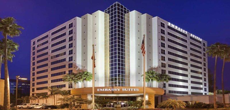 Photo 1 - Embassy Suites San Diego - La Jolla