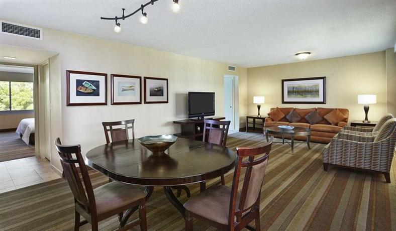 Embassy Suites Hotel Parsippany NJ, 909 Parsippany Blvd