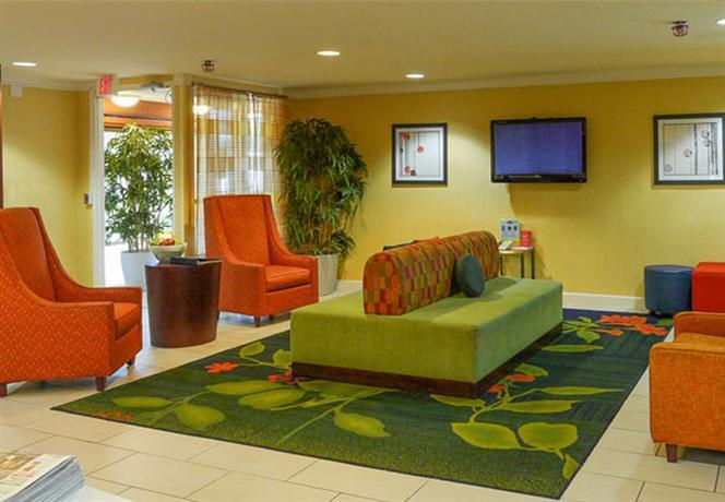 Photo 3 - Fairfield Inn Marriott Cross Creek Mall