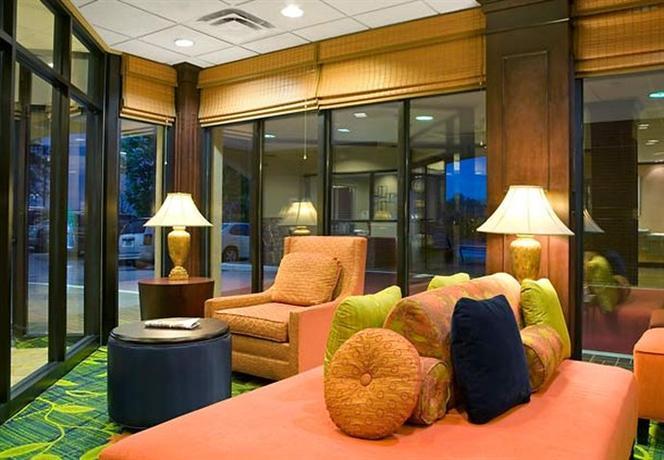 Photo 3 - Fairfield Inn & Suites Atlanta Airport North