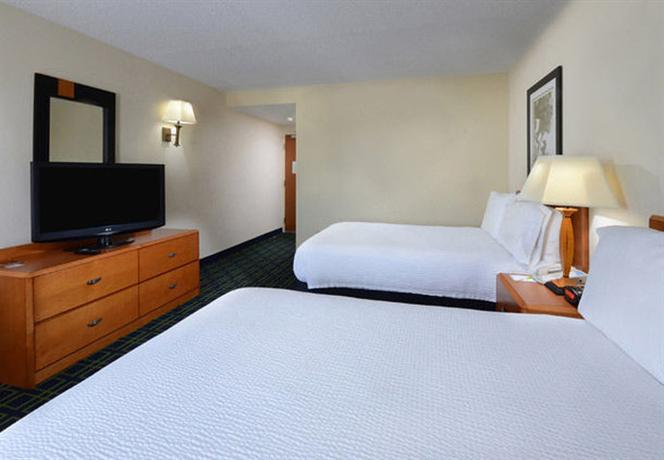 Photo 2 - Fairfield Inn Airport Greensboro