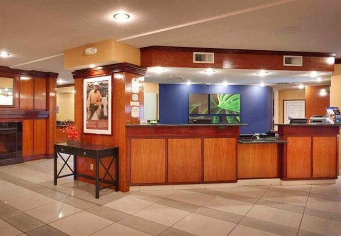Photo 2 - Fairfield Inn Albuquerque Airport