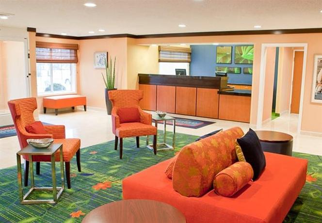 Photo 2 - Fairfield Inn & Suites Memphis East
