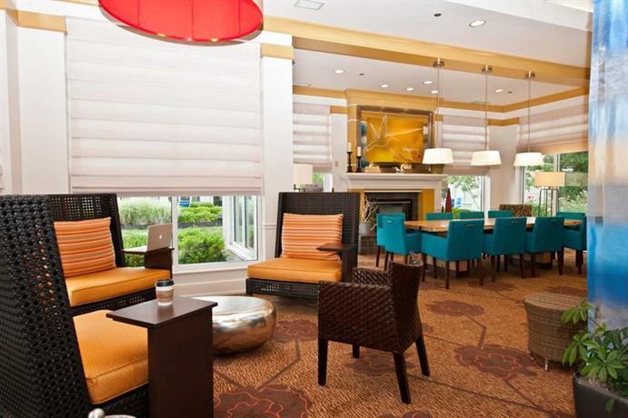 Photo 3 - Hilton Garden Inn Louisville East