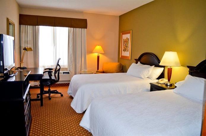 Photo 1 - Hilton Garden Inn Cincinnati Northeast