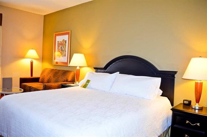 Photo 2 - Hilton Garden Inn Cincinnati Northeast