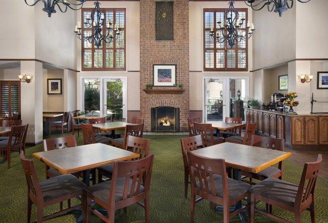 Photo 2 - Homewood Suites by Hilton Kansas City Airport