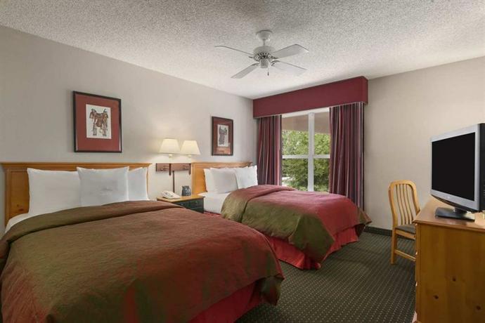 Photo 2 - Homewood Suites Phoenix/Scottsdale