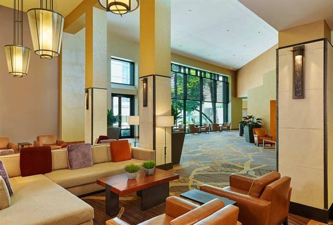 Photo 2 - Hilton San Antonio Airport