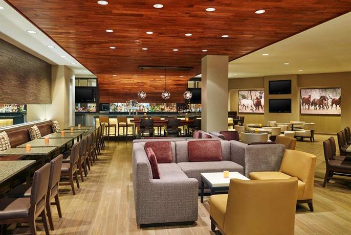 Photo 3 - Hilton San Antonio Airport