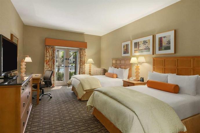 Photo 2 - Hilton Scottsdale Resort & Villas