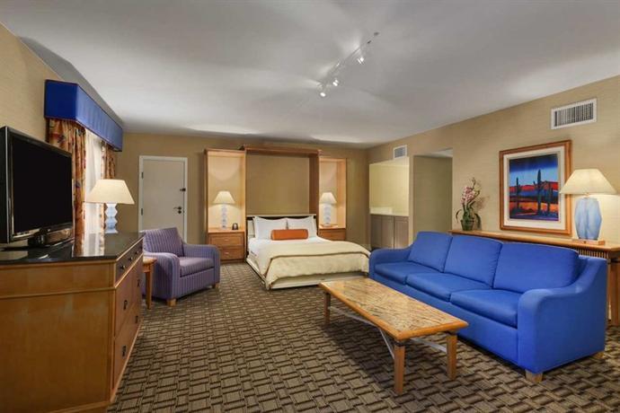Photo 3 - Hilton Scottsdale Resort & Villas
