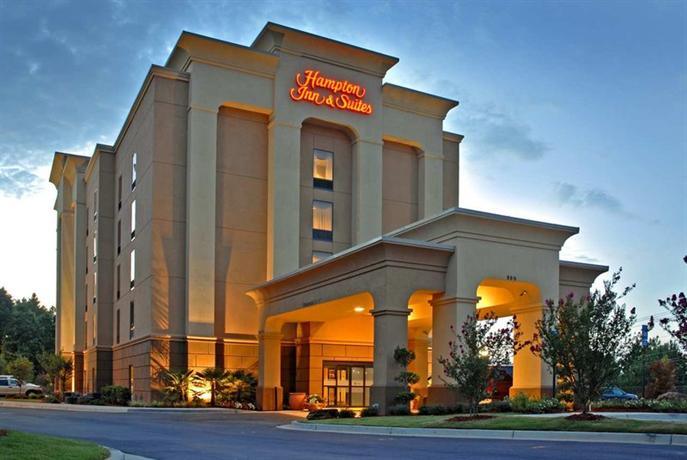 Photo 2 - Hampton Inn & Suites Atlanta-Six Flags
