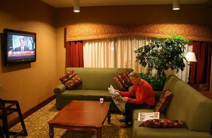 Photo 2 - Hampton Inn Seattle Southcenter