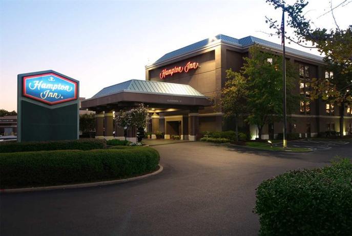 Photo 1 - Hampton Inn Memphis-Walnut Grove Baptist East
