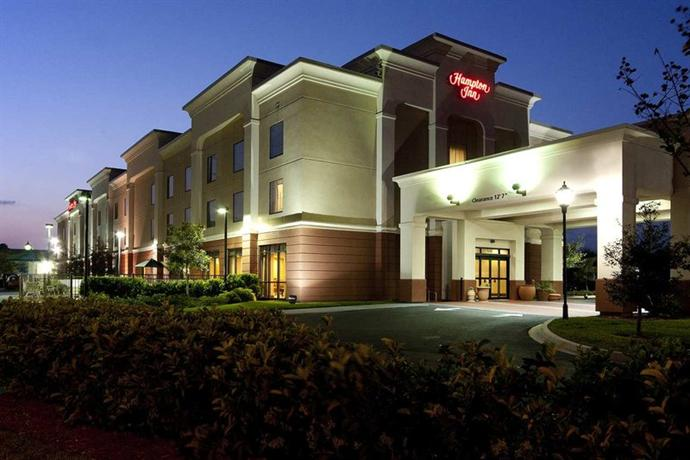 Photo 1 - Hampton Inn I-10 West Jacksonville