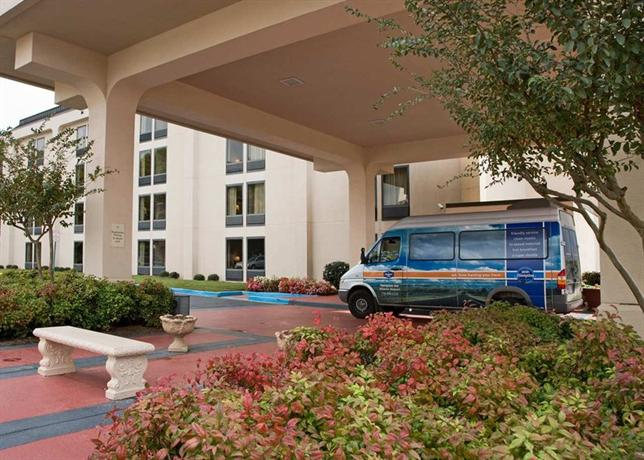 Photo 1 - Hampton Inn Atlanta Airport