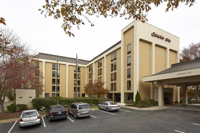 Photo 1 - Hampton Inn Raleigh - North