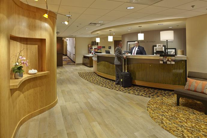Photo 2 - Hampton Inn Raleigh - North