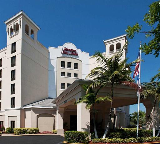 Photo 2 - Hampton Inn & Suites Miami-Doral Dolphin Mall