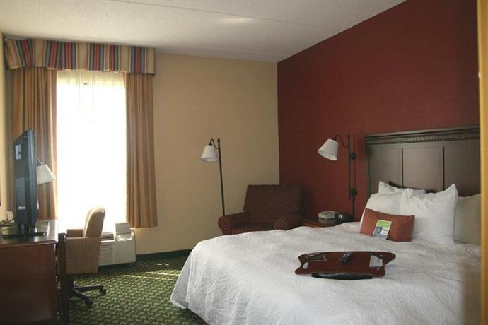 Photo 3 - Hampton Inn East Louisville (Kentucky)