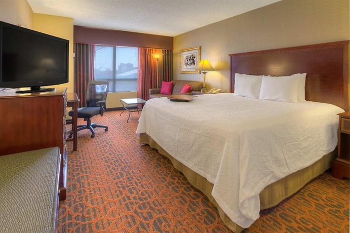 Photo 1 - Hampton Inn & Suites Memphis - Beale Street