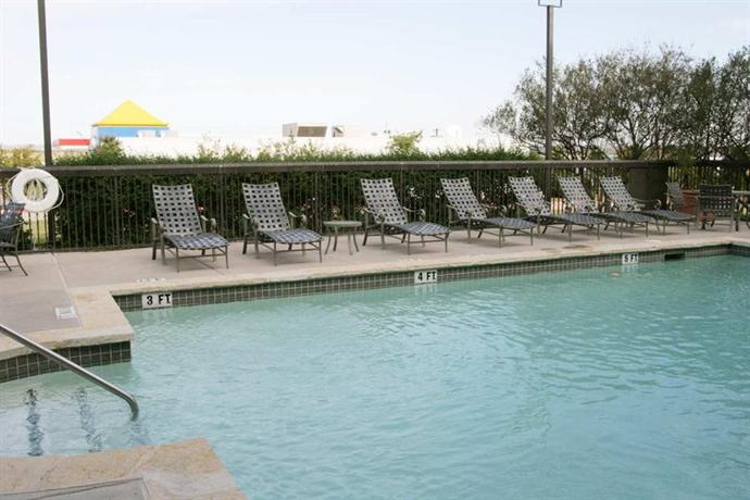 Photo 1 - Hampton Inn Austin - Airport