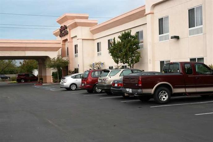Photo 1 - Hampton Inn & Suites Sacramento-Auburn Blvd.