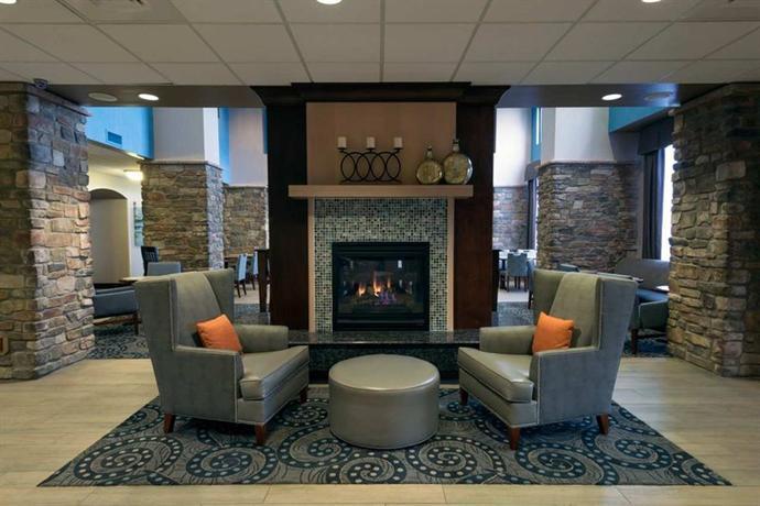 Photo 2 - Hampton Inn & Suites Colorado Springs-Air Force Academy I-25 North